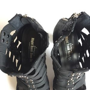 Right Bank Shoe Company Co. Shoes - Black Strappy Cage High Heel Sandals Size 7